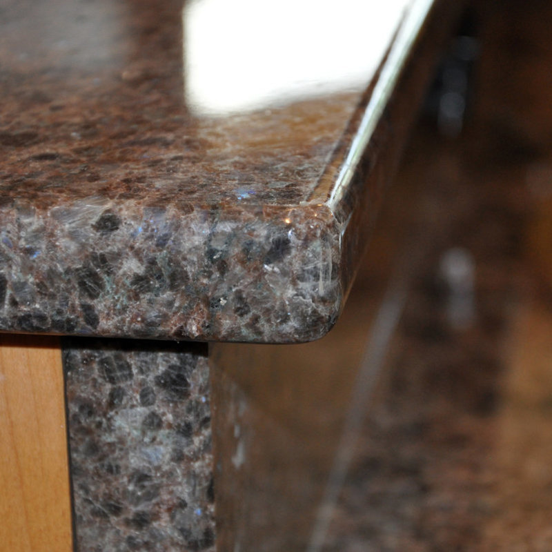 Labrador-Antique-Granite-Kitchen-Countertop-Island-Finished-Installed-Closeup-Granix-