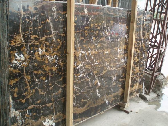 Black-Gold-Marble-Slabs