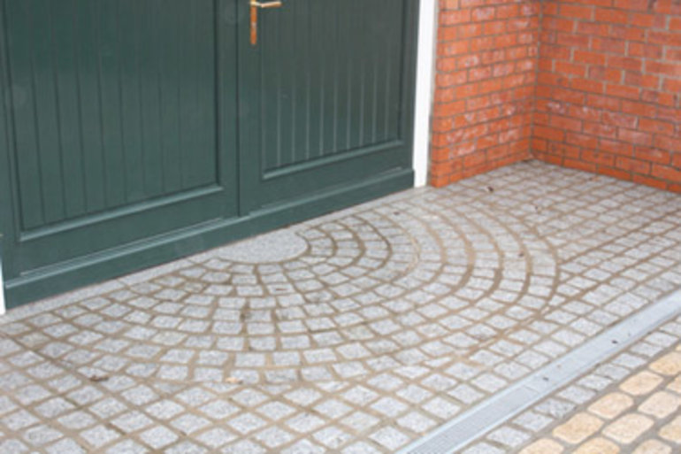 Granite-paving-Granite-Cobble-Grey1